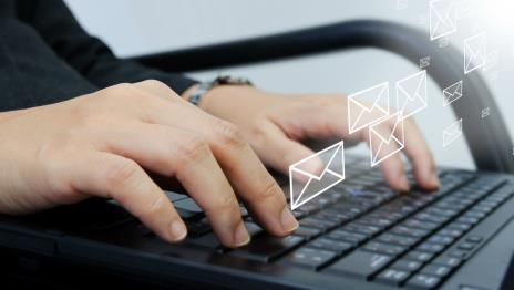 email-computer-type-typing-ss-1920.jpg