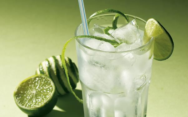 Food_Drinks_Soft_drink_016176_.jpg